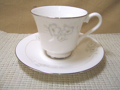 Royal Doulton China Mystique H5093 Pattern Cup & Saucer Set