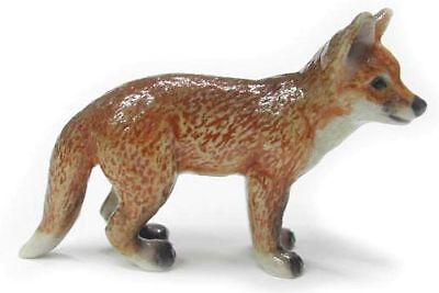 R229 - Northern Rose Miniature - Red Fox Cub