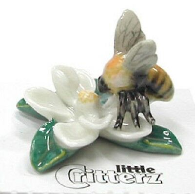 little Critterz  - Bumblebee on Magnolia Flower - LC528  (Buy 5 get 6th free!)