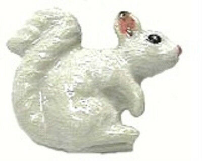 M17 - Northern Rose Super Mini - White Squirrel RETIRED!