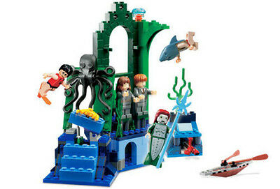 LEGO 4762 - HARRY POTTER - Rescue from the Merpeople - 2005