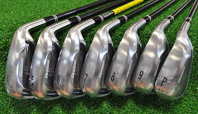 Cleveland Cg 16 Chrome Set Ferri 4-Pw Shaft Grafite Regular - Nuovo - Sf0218013