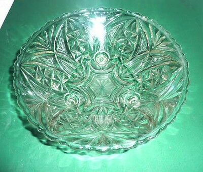 Center-piece Footed Pattern-glass bowl