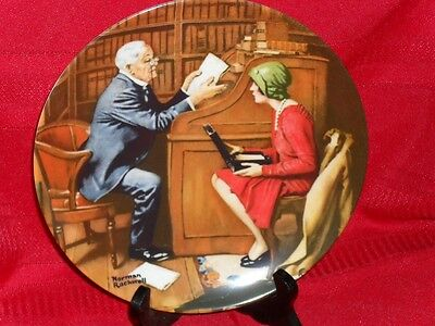 "8.5"" Norman Rockwell Plate THE PROFESSOR Knowles 1986"