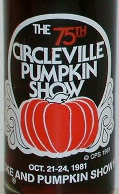 Vintage soda pop bottle COCA COLA CIRCLEVILLE PUMPKIN SHOW 1981 unused and full