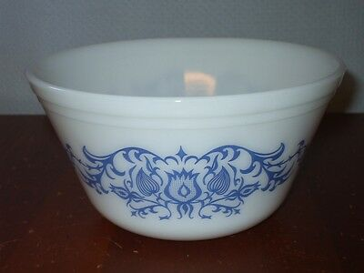 Vintage 3 Qt Federal Oven Ware Bowl~White Milk Glass With Blue Pattern