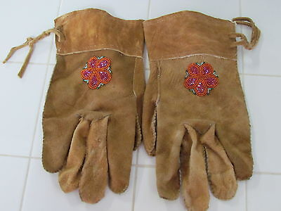 COZY WARM, BEADED HOME TANNED LEATHER GLOVES, ORANGE FLOWERS, VERY NICE, L@@k