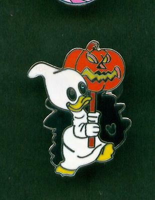 DISNEY PIN Louie 2007 Halloween Hidden Mickey Lanyard Collection