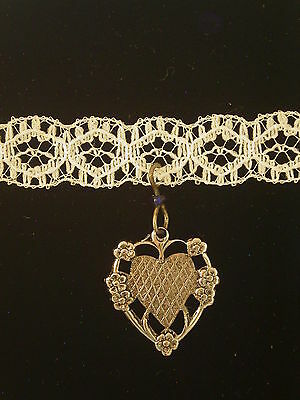 Ivory Lace Floral Lattice Detailed Heart Choker Silver Plate Adjustable