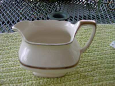 VINTAGE W.S. GEORGE LIDO WHITISH CREAMER W/GOLD TRIM USA #196A lc