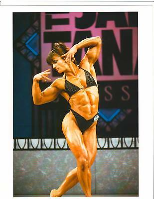 EVA SUKOPOVA Female Bodybuilding Photo Color