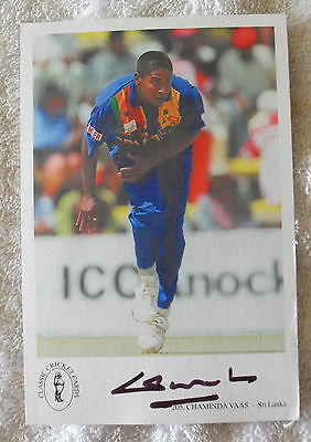 CHAMINDA VAAS SIGNED IN PERSON 10x15cm POSTCARD COLLECTABLE CRICKET COA