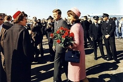 New 5x7 Photo: John F. Kennedy and Jackie Arrive at Dallas on Nov. 22, 1963