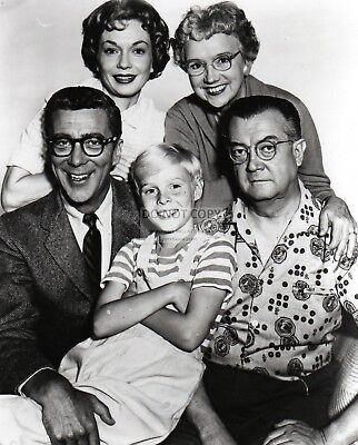"""dennis The Menace"" Cast From The Cbs Tv Show - 8X10 Publicity Photo (Ep-770)"