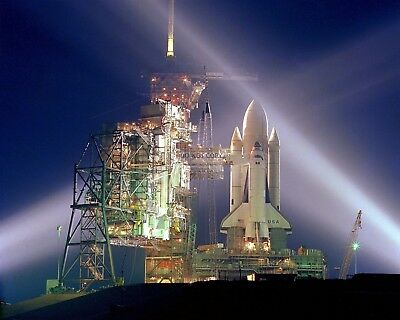 SPACE SHUTTLE COLUMBIA TAKES MAIDEN VOYAGE TO PAD EP-409 STS-1 8X10 PHOTO