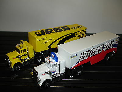 AUTO WORLD ~ 2 PETERBILT RACING RIGS ~ JEGS & LUCAS OIL ~ ALSO FITS AFX, AW, JL