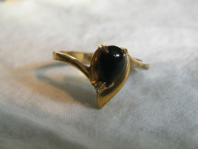 Collectible Gold Tone Cocktail Ring Black Cabachon Rhinestone Size 10.25