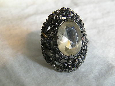 Beautiful Stretch Ring Silver Tone Sparkling Black Rhinestones Stunning WOW
