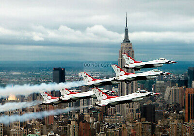 U.s. Air Force Thunderbirds Fly In Delta Formation Over Nyc  8X10 Photo (Ep-614)