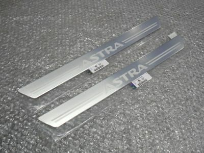 Vauxhall Astra H Door Sill Nameplate Covers Set Of 2 Genuine New 04-10