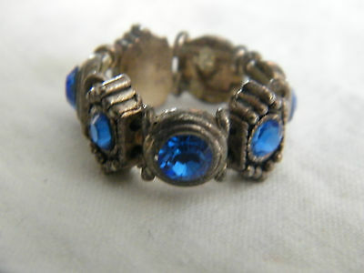 Beautiful Silver Tone Blue Crystal Rhinestones Approx Size 6 Stretch Ring NICE