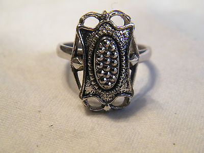 Beautiful Silver Tone Cocktail Ring Textured Signed Sarah Cov Adjustable CUTE