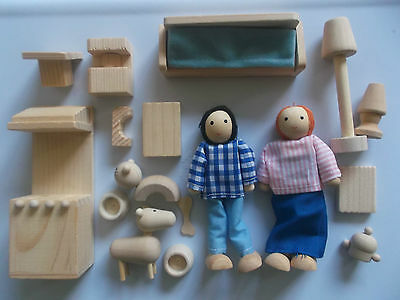 New Wooden Dolls House Accessory Set With Wooden People Figures & Pets Boxed.
