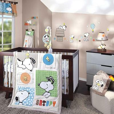 BFF Snoopy 5 Piece Baby Crib Bedding Set by Lambs & Ivy