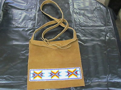 NATIVE AMERICAN BEADED HOME TANED MOOSE HIDE HAND BAG PURSE GORGEOUS COLORFULL