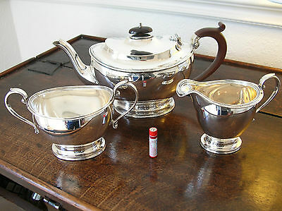 LOVELY SOLID SILVER HALLMARKED 3 PIECE TEA SET - ADIE BROS. - 1932 - 1067.5g