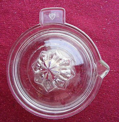 """Vintage COLLECTIBLE  """"FEDERAL"""" GLASS ORANGE JUICE SQUEEZER / REAMER-GREAT COND."""