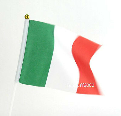 10x Hand Waving Cheering Italy Flags for World Cup 2014 Team Italy
