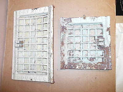 Antique Vintage Art Deco Architectural Salvage Cast Iron Heat Grate Wall Gothic