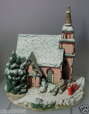 """Lilliput Lane """"let Heaven & Nature Sing """"  L2065 Mint In Box With  Certificate"""