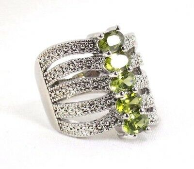 R#1694 simulated Peridots forest green Gemstone Ladies silver ring size 9