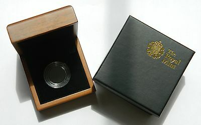Royal Mint Half Sovereign Presentation Case W/ Screw Top Capsule & Outer Box