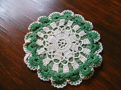 Collectible Handmade Crocheted  Pot Holder Green Off White 6 1/2 Inch NICE