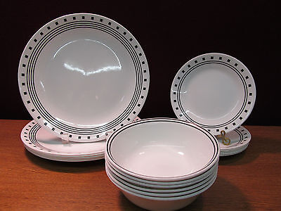 18 pc Corning/Corelle City Block Set (A)
