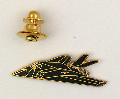 Pin's pin badge ♦ AVION MILITAIRE FURTIF AIRCRAFT F 117 US AIR FORCE  EMAIL