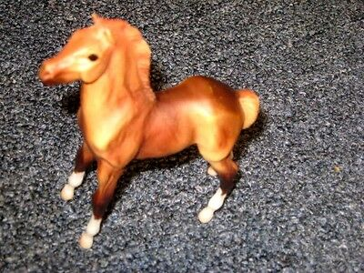 Breyer Reeves brown molded colt  horse
