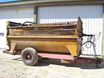 Knight 3042 feed mixer TMR wagon feeder cattle Scale