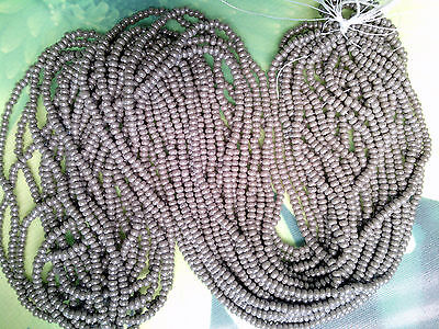 "Vintage Charcoal Gray Black Seed Beads Shiny Glass Full Long 20/"" Hank 20bpi 12//0"