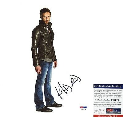 Kris Holden-Ried Signed 8x10 Lost Girl Dyson The Tudors PSA/DNA