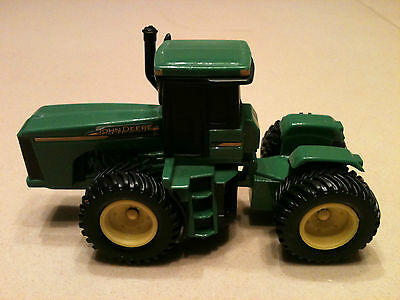 "ERTL JOHN DEERE BIDIRECTIONAL TOY FARM TRACTOR DIE CAST 4 1/4"" LONG"