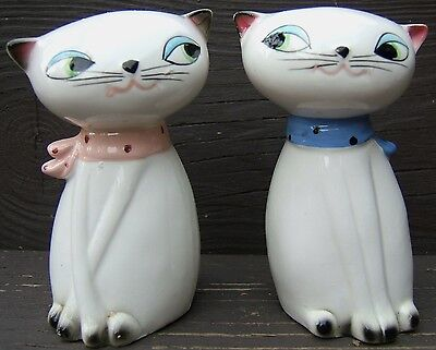 Holt Howard Large Eyed Cat Noisemaker Ceramic Salt Pepper Shakers 1961 Blue Pink