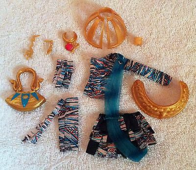 $ Monster High Nefera De Nile Outfit 99% Complete Mint Condition!! USA $