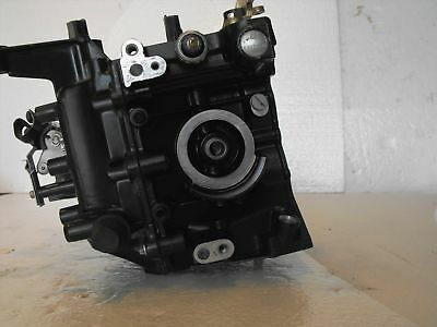 2001 Evinrude 9.9 15 Hp 4 Stroke Outboard Engine Cylinder Block Freshwater MN