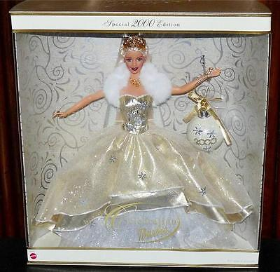 2000 Celebration Barbie Doll Special Holiday Edition W/ Ornament New In Box