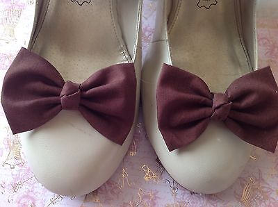 NEW PAIR PLAIN BROWN COTTON FABRIC BOWS SHOE CLIPS VINTAGE 50s RETRO STYLE BOW