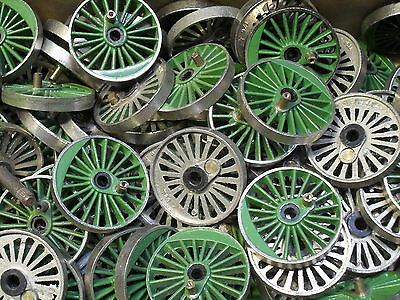 Triang Hornby Oo X686A Plated Centre Driving Wheel, Bushed, Green, Scotsman, X 1